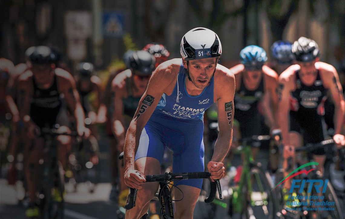 Triathlon, training and gears with Davide Uccellari.